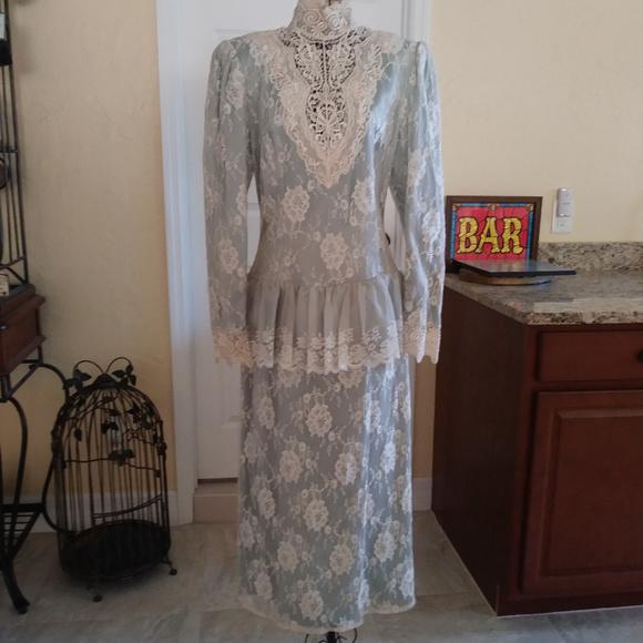Jessica McClintock Dresses & Skirts - Vintage Jessica McClintock 80s Lace Dress - Formal